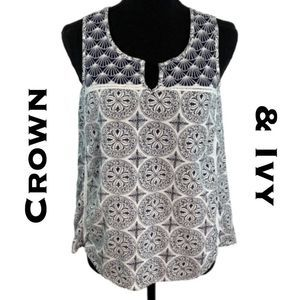 Crown & Ivy Sleeveless Blouse Size XS